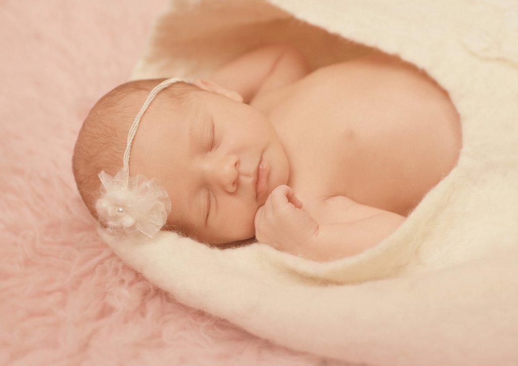 Newborn-0086.jpg
