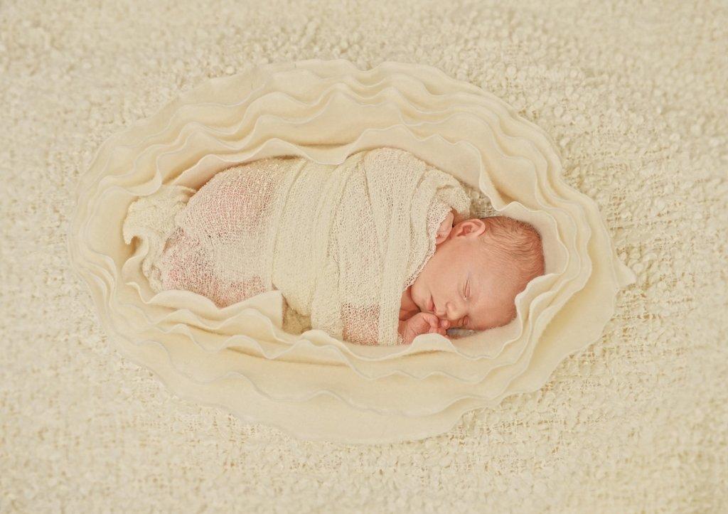 Newborn-0085.jpg